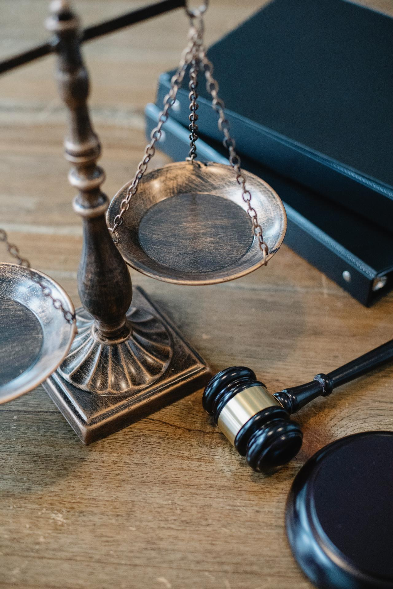 picture of gavel scales and notebook
